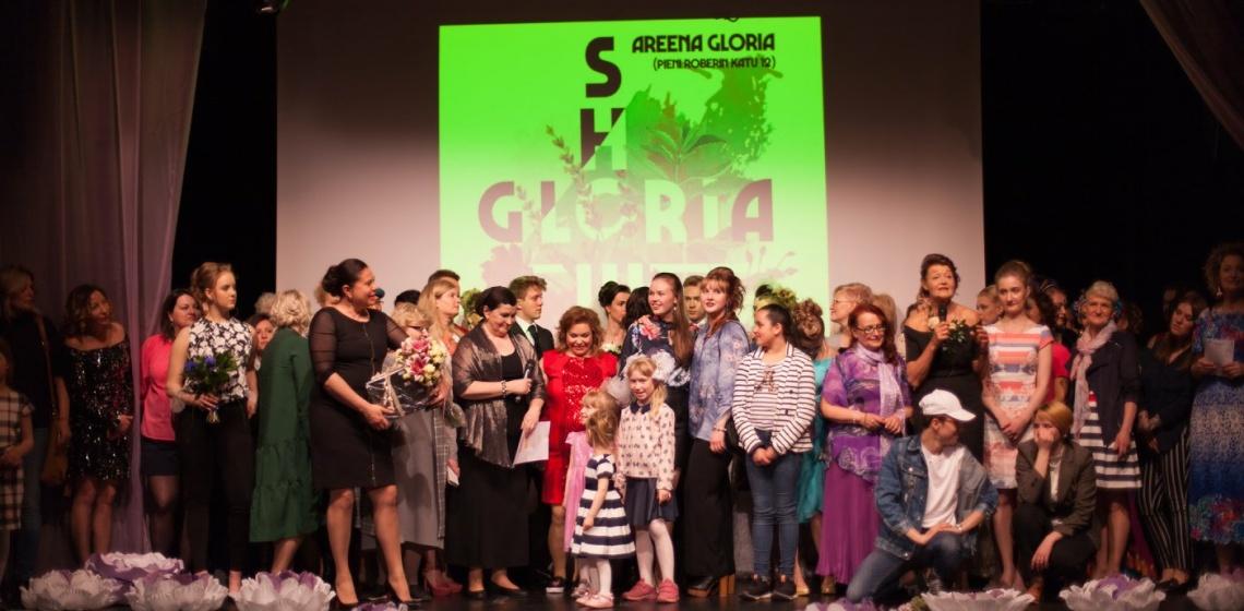 Gloria show